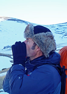 Guide Bernard Guillaume howling